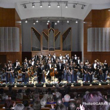 Vendégünk volt az Alba Regia Szimfonikus Zenekar és Bogányi Gergely